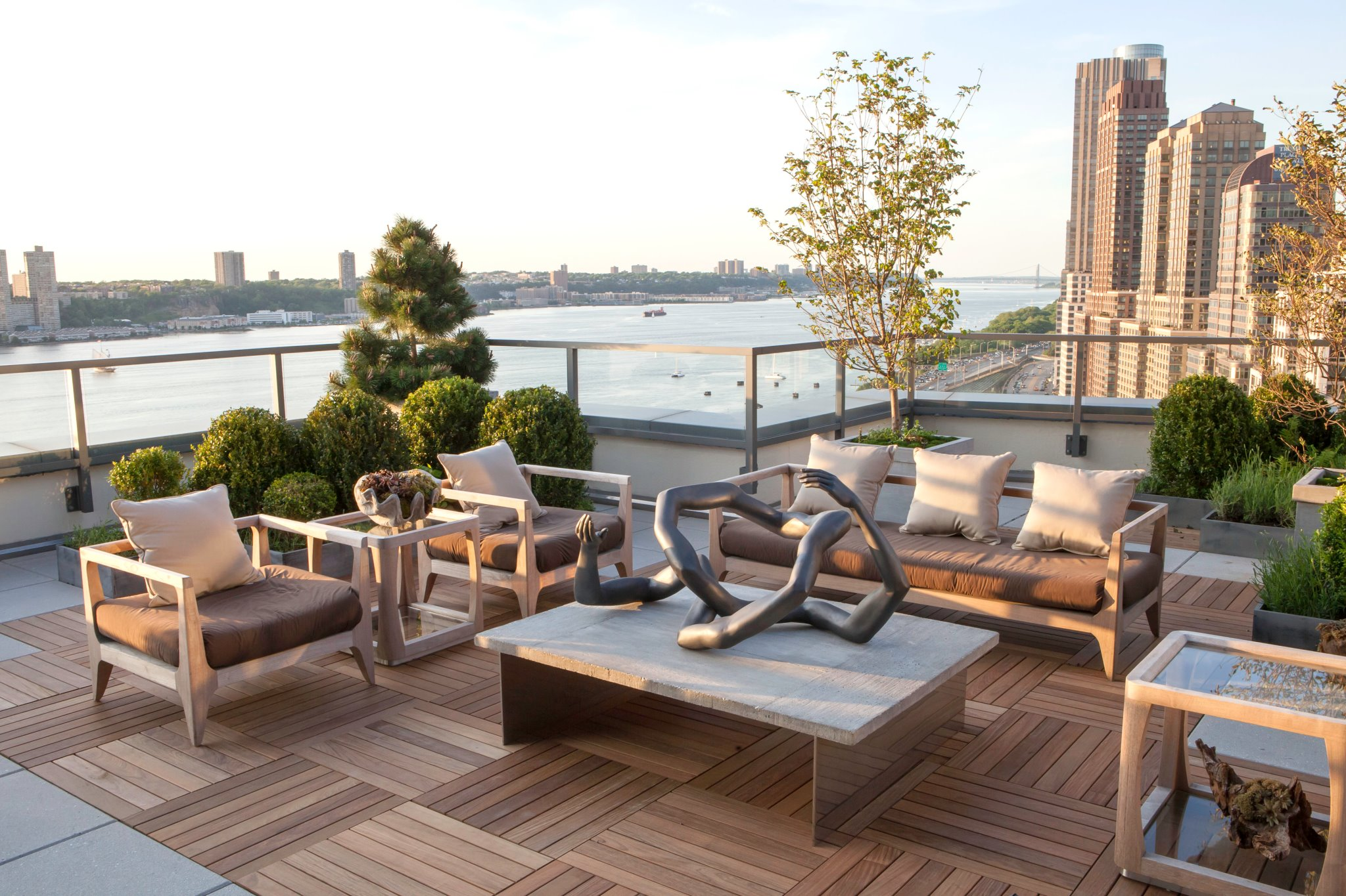 Kips bay roof deck for Idee deco terrasse
